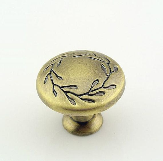 Dresser Knobs  Drawer Knobs Pulls Handles / by Dreamchinese, $4.50
