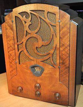 STEWART WARNER Model R1251A Art Deco Radio 1933 by RadioAge, $895.00 GREAT DEAL BUY 2