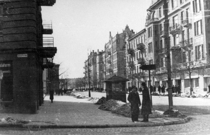 Krakowskie Przedmieście, 1944 źródło: rodzina płk. E.Czaplińskiego