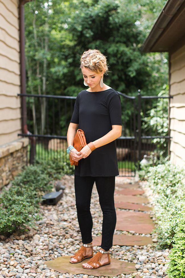 Wearing All Black in the Summer- 5 Ways to Brighten It Up