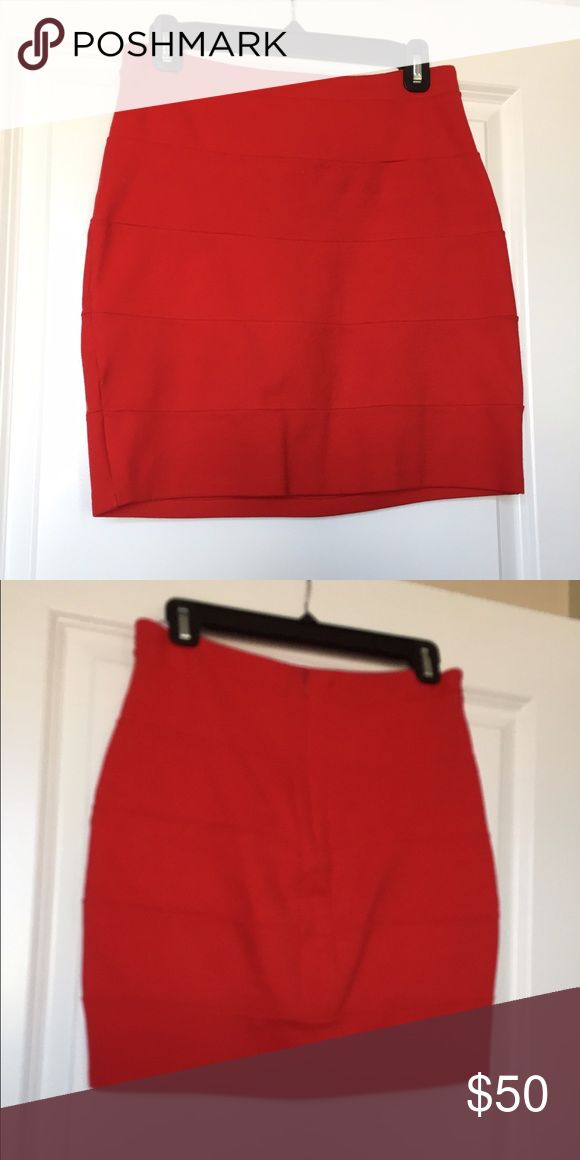 """La Rok miniskirt Cotton and Lycra skirt perfect for a night on the town! Not as tight as a """"bandage skirt"""" but has the same look. Very cute high waisted with tucked in silk blouse. Perfect condition La Rok Skirts Mini"""