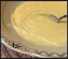 CREMA PASTICCERA VELLUTATA E LEGGERA,1 uovo intero 500 ml di latte 140 g di zucchero (questa dose di zucchero utilizzatela se dovete farcire bignè o bomboloni che sono poco dolci; se invece dovete utilizzarla x riempire pan di spagna o preparati più dolci, mettete 120 g di zucchero) 70 g di farina Buccia di un limone 1/2 cucchiaino di vaniglia pura (o 1 bustina di vanillina) Preparazione: Con il Bimby: Polverizzate la buccia di limone, evitando di inc CON UN SOLO UOVO INTERO! (CON E SENZA…