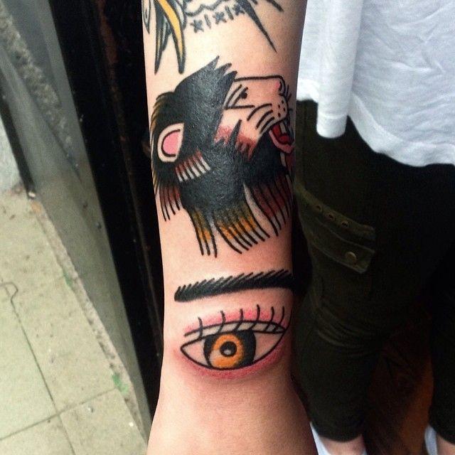 Redberry Tattoo Studio Wrocław #redberrytattoostudio #redberry #tattoowroclaw #redberrywroclaw #redberrypoland #wroclaw #amazingtattoo #toptattoo #inked #inks #poznan #opole #berlin #dresden #berlintattoo #bobrowicz #oldschool #pawelbobrowicz #lew #lion #wilk #eye #oko