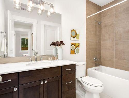 The Florence Avante Bathroom by JayMarc Homes in Mercer ...