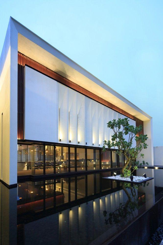 Exquisite Minimalist / Arcadian Architecture + Design #pin_it @mundodascasas see more here: www.mundodascasas.com.br
