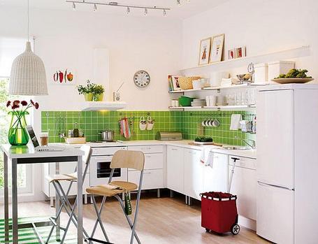 Cocina azulejos verdes
