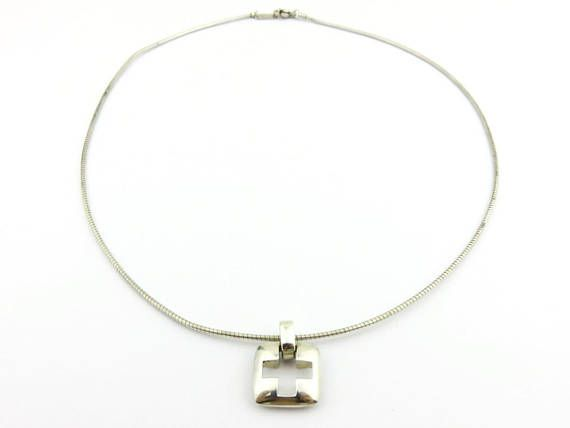 TIFFANY& CO Sterling Silver Cross pendant wire necklace