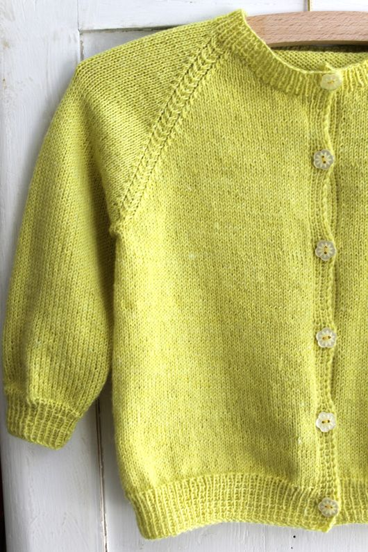 Anna´s trøje / Anna´s Cardigan Size 2-6 year Garn-iture knitting design www.garn-iture.dk