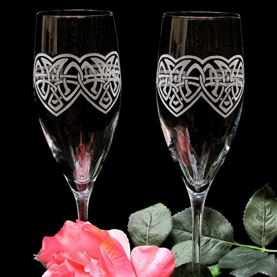Hey, I found this really awesome Etsy listing at https://www.etsy.com/listing/158210200/celtic-knot-wedding-toasting-flutes