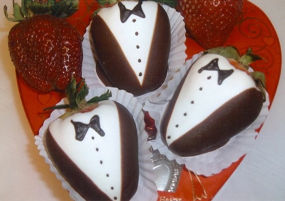 recipe...!: White Chocolates, Tuxedos Strawberries, Southern California, Chocolate Covered, Food, Chocolates Strawberries, Chocolates Covers Strawberries, Chocolates Dips, California Wedding