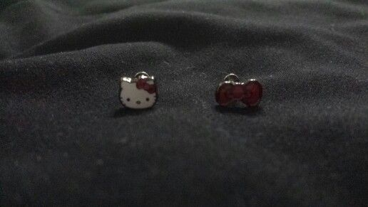 hello kitty labret rings