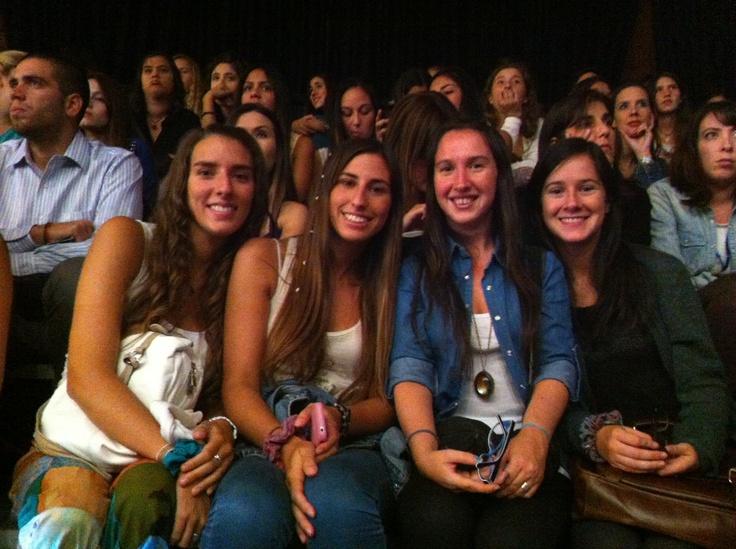 Nuestras amigas de Sedal disfrutan del #VisteStgo