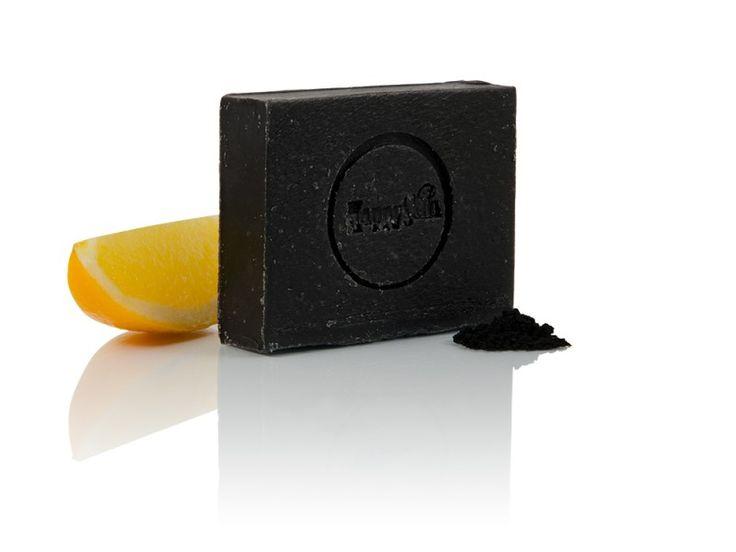 Ébenfekete szappan aktív szénnel.   A termék raktáron. Ára 1090 Ft.