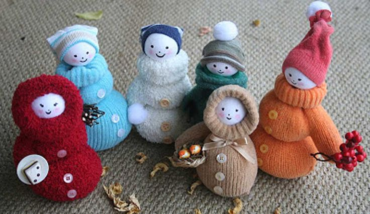 Reutiliza Tus Viejos Guantes Y Crea Unos Preciosos Muñecos De Nieve Para Decorar La Casa O Para Que Tus Hijos Pasen Un Divertido Rato.