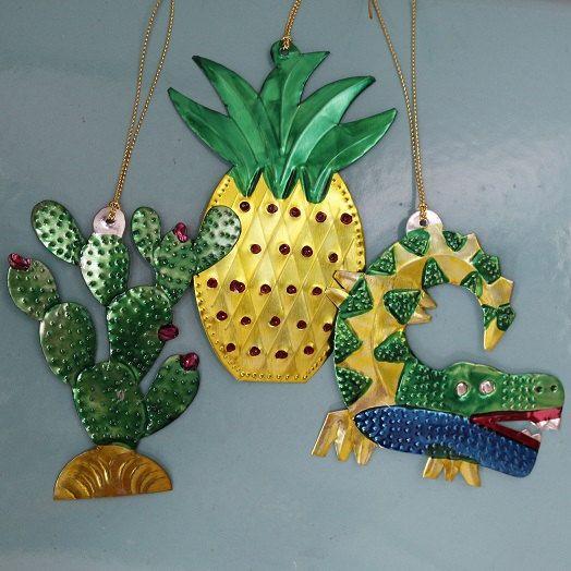 Mexican Tin Tropical Decoration Set
