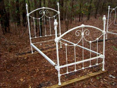The most amazing antique beds!!: Antiques Rooms, Antiques Beds, Antique Rooms, Antique Beds, Amazing Antiques