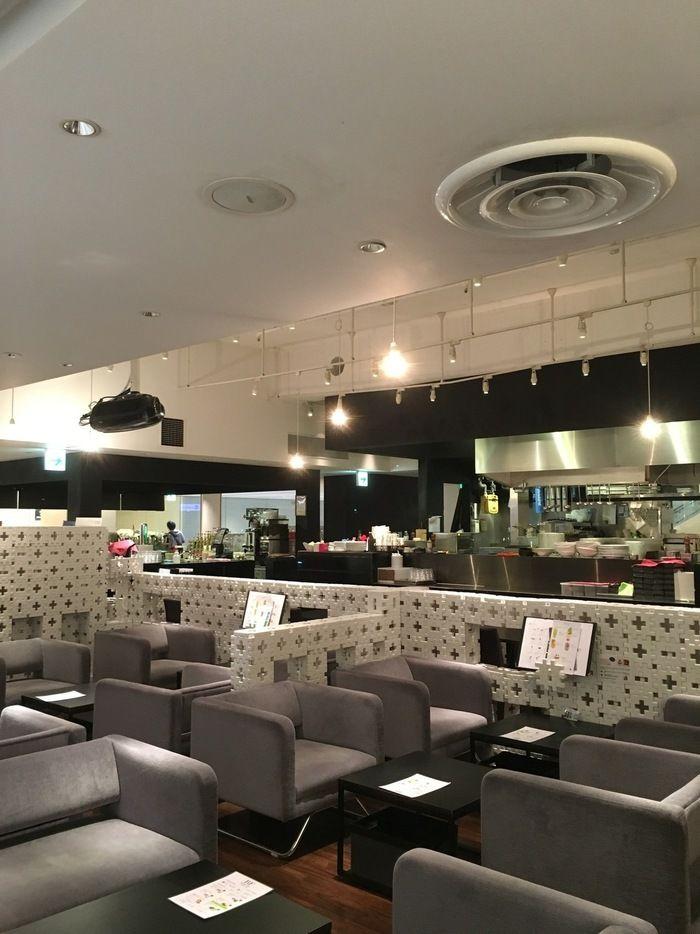 大阪ミナミでカフェ散策 街の喧騒を忘れさせてくれるなんば周辺のおすすめ店5選 キナリノ 隠れ家カフェ おすすめ カフェ
