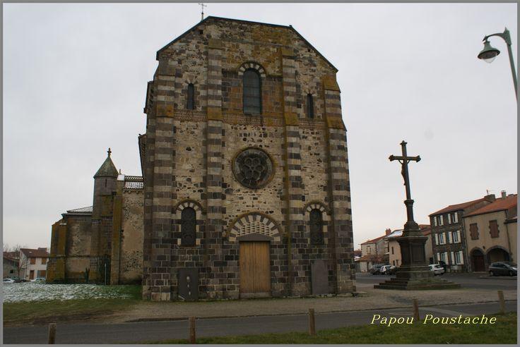 Bon début de semaine nous sommes le Lundi 17 Avril 2017 Lundi de Pentecôte Le village d'Ennezat 63  http://jalmanach-jeannot.eklablog.fr/lundi-17-avril-2017-a129910008