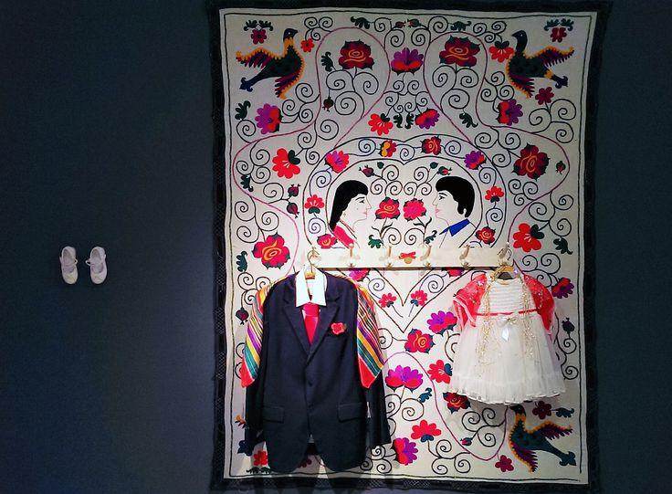 Olmazsa Olmaz sergisi: Balkan Naci İslimyeli -  Gelin - Bez üzerine ahşap, boya, karışık teknik, 215x167cm, 2017