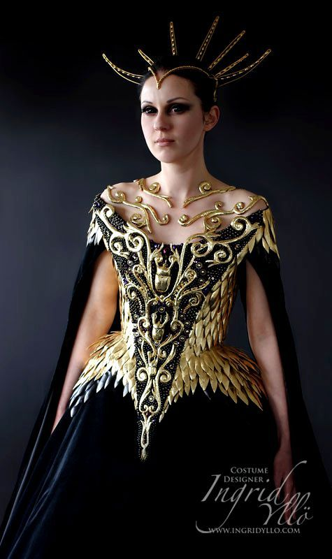 FANTASY & MEDIEVAL WONDERFULL FASHION - Turn the black into white, and trim at the hips, into a more flattering figure
