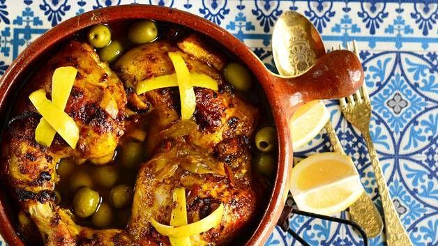 Sitruuna ja oliivit maistuvat marokkolaisessa kanapadassa.