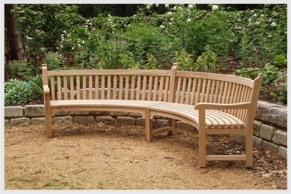 The Curved Outdoor Bench Has The Curved Back And They Have The Back Rest They A Curved Outdoor Benches Outdoor Garden Bench Teak Bench Outdoor