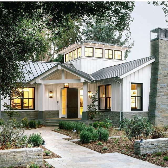 How Modern Farmhouse Exteriors Are Evolving: Best 25+ Exterior Home Renovations Ideas On Pinterest