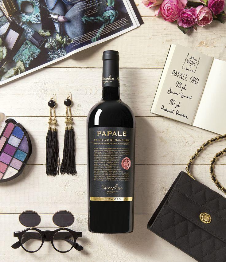 Campagna pubblicitaria per Papale oro il vino rosso della cantina Varvaglione.