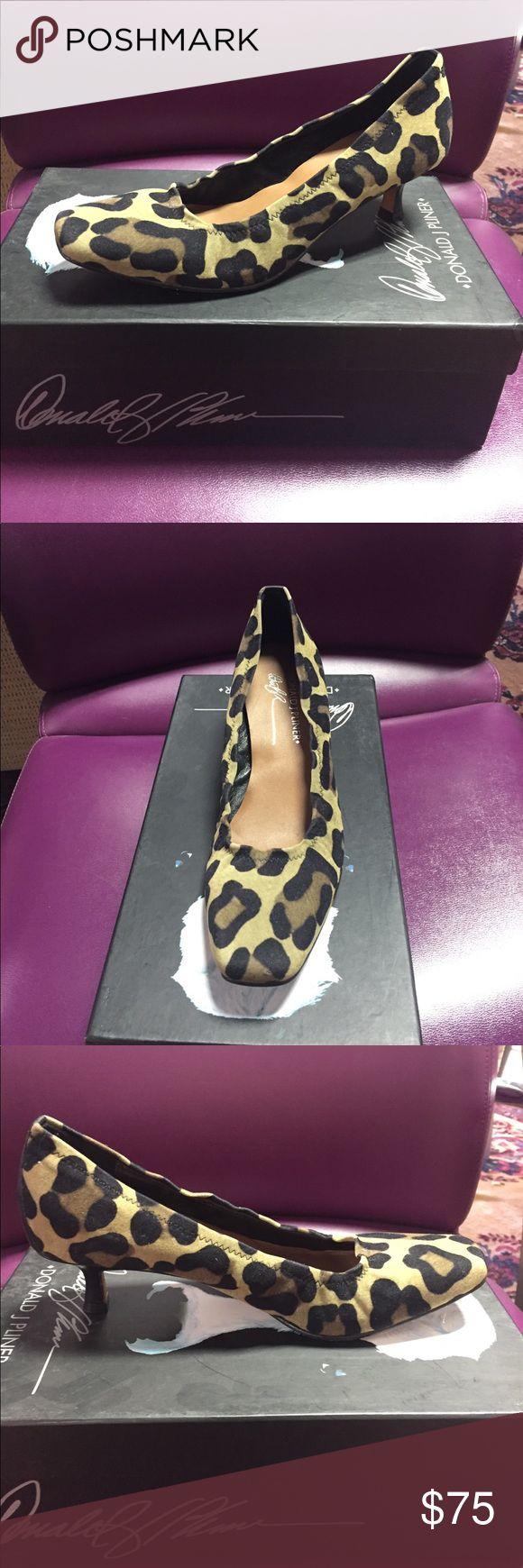 Donald Pliner Leopard print pump Donald Pliner Leopard print pump Donald J. Pliner Shoes Heels