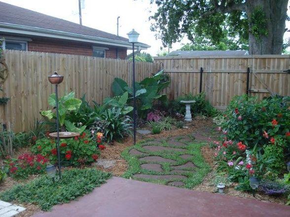Making th Most of a Small Yard: Backyard Landscape, Yard Idea, Deck Backyard, Tiny Yard, Back Yard, Small Yards