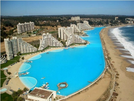 San Alfonso del Mar resort in Algarrobo, Chile - The world's largest swimming pool!