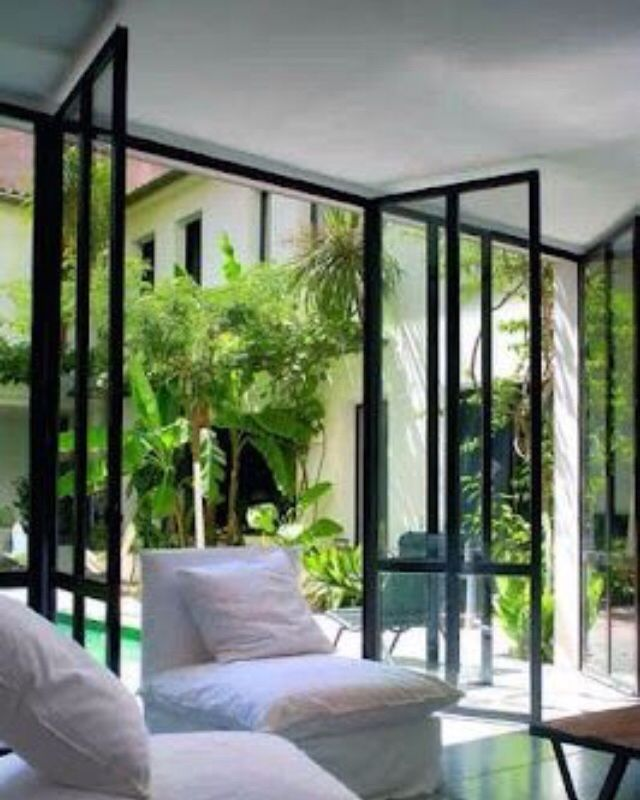 25 beste idee n over vouwdeuren op pinterest bi vouwen deuren glazen deuren en keuken extensies - Studio stijl glazen partitie ...