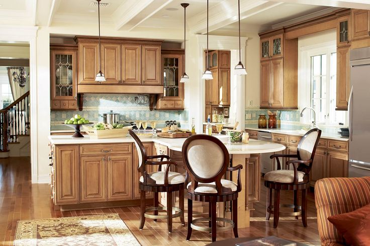 Spice Stain Hickory Kitchen Cabinets With Honey Tone Floor