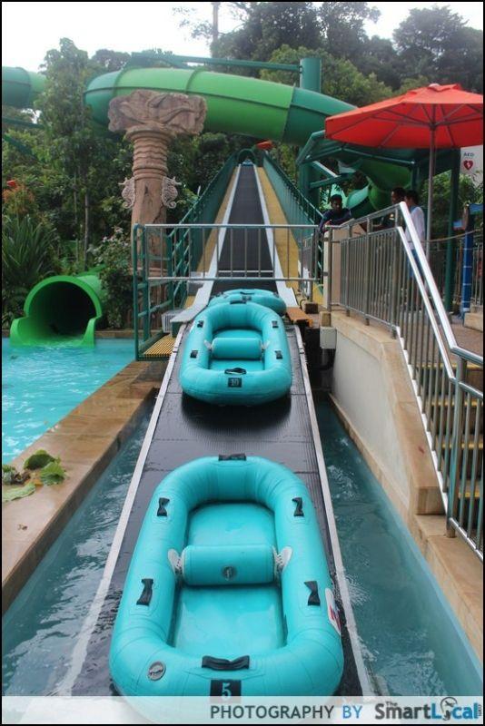 Adventure Cove Waterpark, Sentosa Singapore