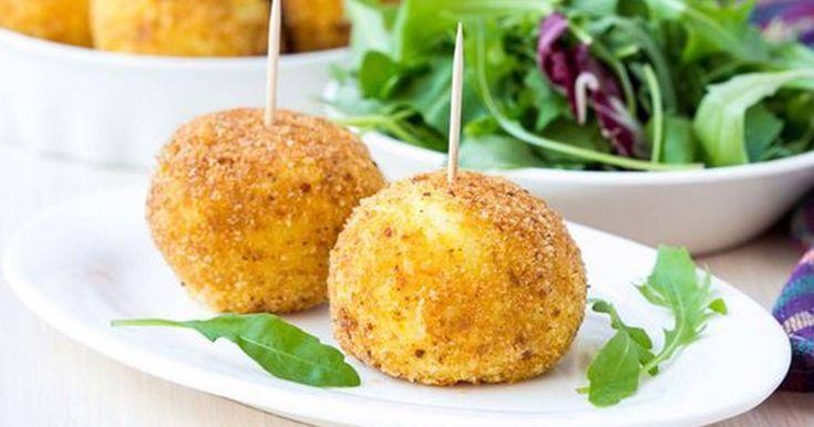 Fabulosa receta para Croquetas patateras. Super facil. Si te sobran patatas no te olvides de las corquetas patateras. Seguro que los peques se vuelven locos por ellas. Una manera de que coman pescado sin un -diuuj que mal huele -no me gusta - puedo dejarlo?