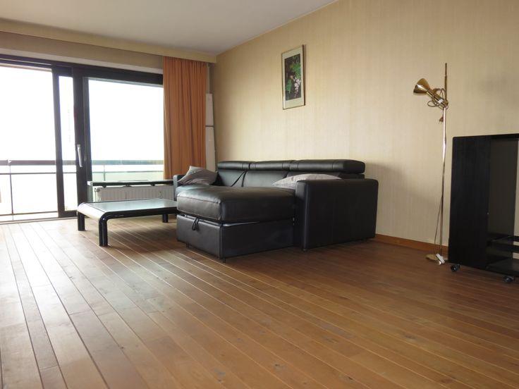 GEMEUBELDE STUDIO OP DE ZEEDIJK Aangenaam gemeubelde studio op de 7de verdieping op de Zeedijk aan het Rubensplein. Ruime living met frontaal zeezicht en balkon, ingerichte keuken, badkamer met ligbad, lavabo en toilet. Uw ideale vakantieverblijf aan zee !  http://www.immomv.be/site/default.aspx?pagename=detail&pand=975