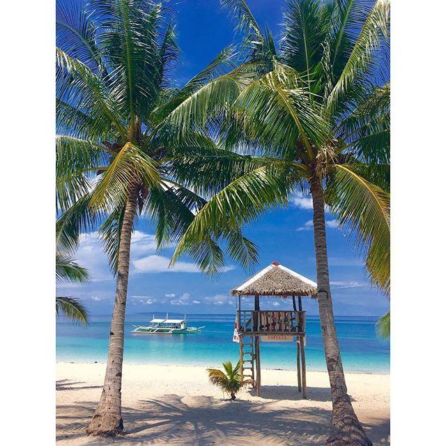 #kalanggaman #island #leyte #beach #nature #trees #coconut #water #sand #sea #sky #blue #travel #boats #vacation #airheads #traversephilippines #torusimphl #goph #asia #philippines #itsmorefuninthephilippines #lifeguardpost #summer #tropical #tropics