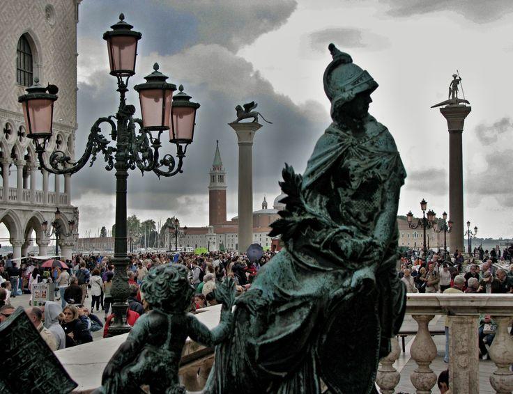Piazza San Marco - Venezia  by Rodolfo Baielli
