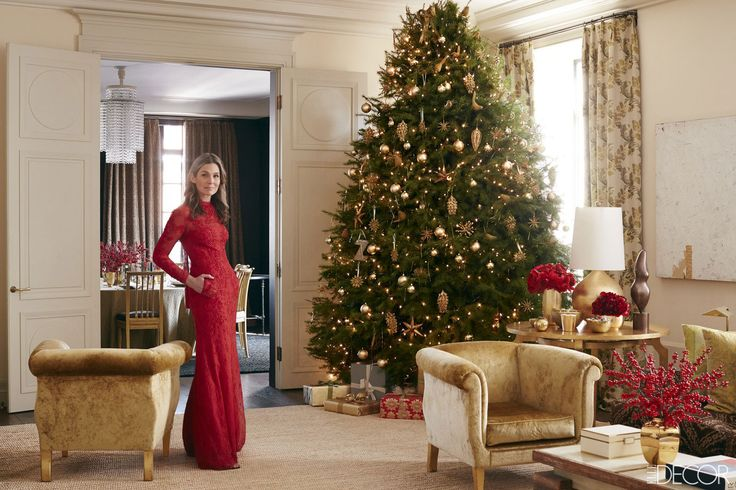 When it comes to the Christmas season, tastemaker and entrepreneur Aerin Lauder finds that family traditions never go out of style