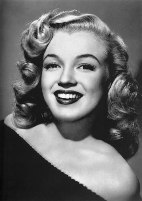 Todays 1940s hair & makeup inspiration Marilyn Monroe