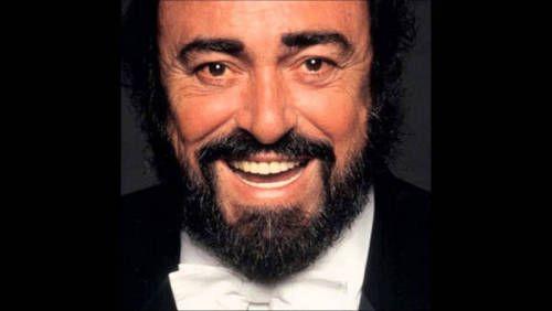 """Gli amici di Luciano in concerto all'Arena di Verona per il decennale della scomparsa. Parata di stelle per ricordare Pavarotti, l'omaggio al maestro il prossimo 6 settembre su RAI UNO  """"Per noi e per il pubblico Luciano è ancora qui"""", ha detto Nicoletta Mantovani. Il Luciano in questione è quindi il Maestro Pavarotti. Il prossimo 6 settembre, infatti, ricorre il decimo anniversario della sua morte, così per ricordarlo e rendergli omaggio andrà in onda su RAI UNO e su RTL 102.5 un grande…"""