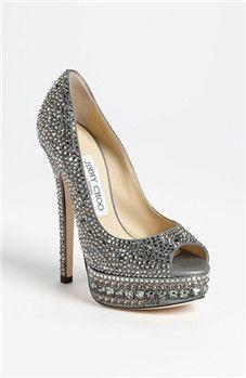 En Riomar fotógrafos nos gustan estos zapatos de novia. http://riomarfotografosdeboda.com  wedding #shoes