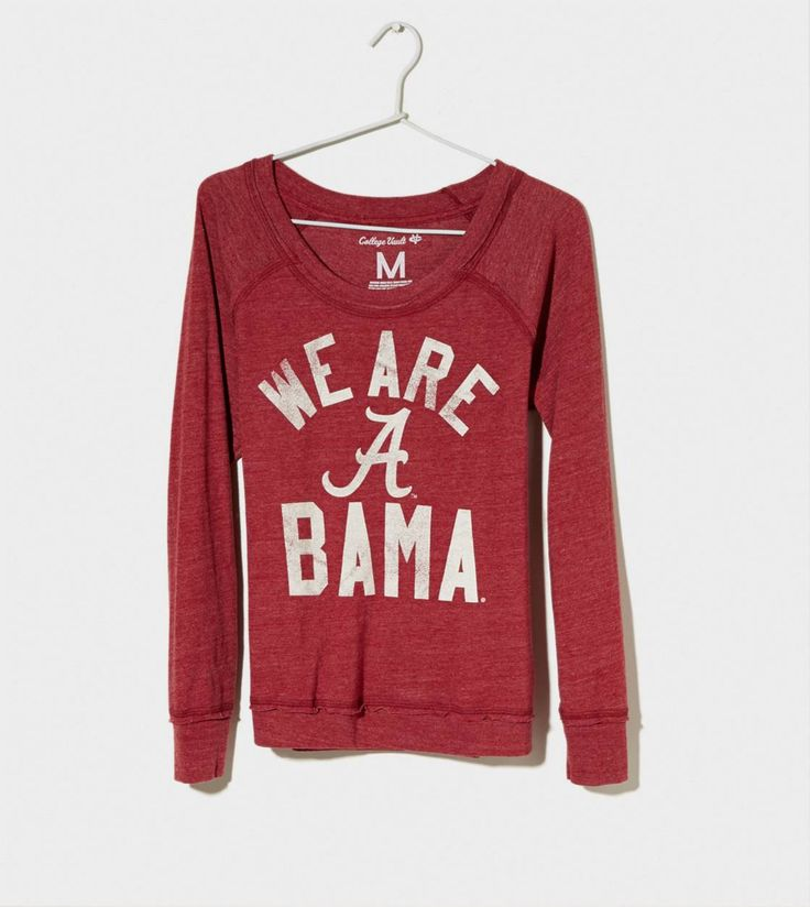 Ok, I love this shirt. Sleeves look extra long, fabric looks extra soft. The only thing I might change is that it's an Alabama shirt.