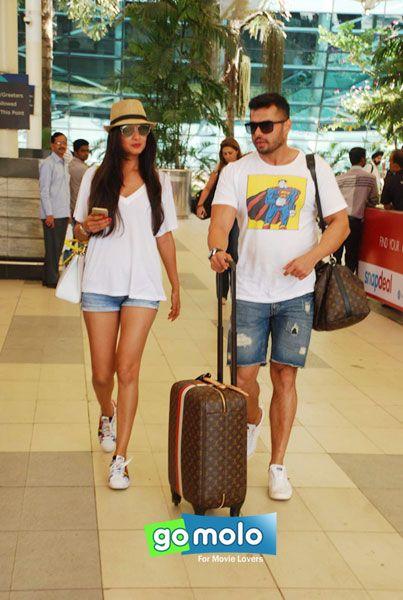 Sonal Chauhan snapped at Mumbai Domestic Airport