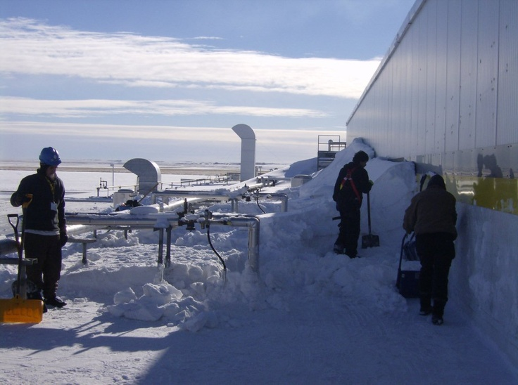 Flat And Commercial Roof Snow Removal Edmonton Ab General Roofing Systems Canada Grs