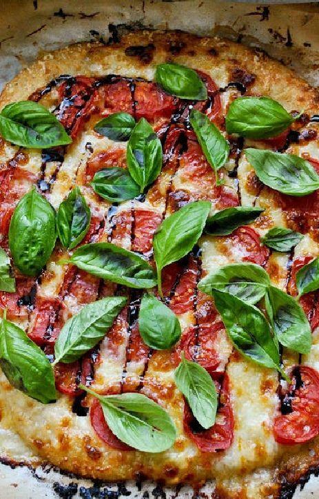 Low FODMAP and Gluten Free Recipe - Tomato, mozzarella and basil pizza  -- (Update) -- http://www.ibssano.com/low_fodmap_recipe_tomato_mozzarella_basil_pizza.html