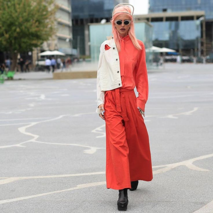 Lov  @leeannush   Captured by @thestreetvibe during Tel Aviv fashion week.  .  .  .  .  .  #gender neutral #gender queer #gender fluid #paris fashion week #ss17 #aw17 #middle east #middleeast fashion #high snobiety #white jacket #red trousers #red shirt #pfw #lfw #muslin brothers #90s #1990s #hype beast #street fashion #cyber ghetto #trench #trench coat #snobshot peach outfit ootd