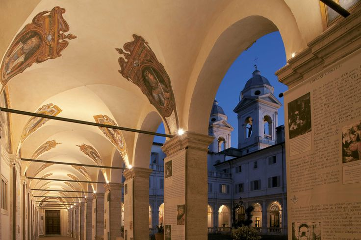 Curtyard oh the Church of the Santissima Trinità dei Monti in Rome, Italy - iGuzzini products: iPro, Underscore - Photographed by Giuseppe Saluzzi #iGuzzini #Light #Lighting #experience