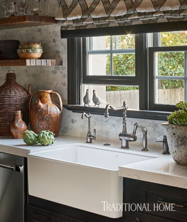 This Kitchens Black Cabinets And The Tile Backsplash Honor History Of Its Tudor Revival Home