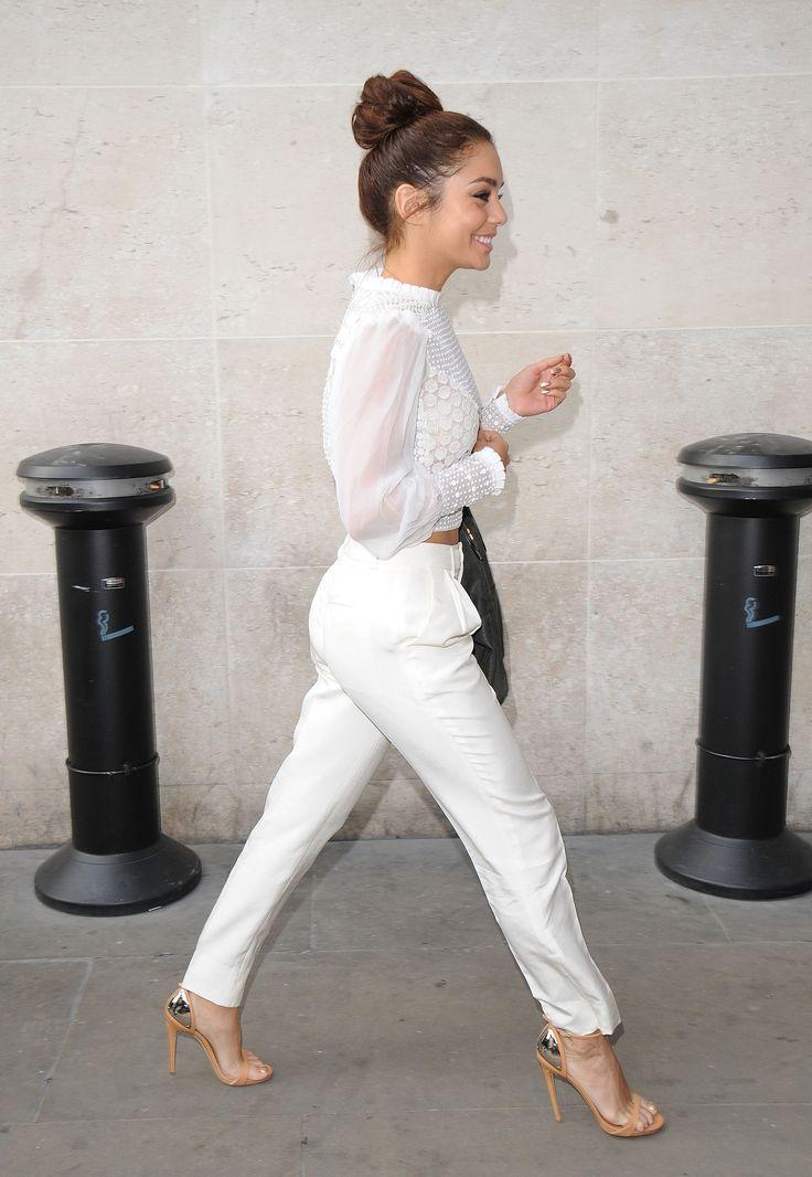 Petite Celebrity Style Bomb Vanessa Hudgens Street Style Pinterest Top Bun White Style